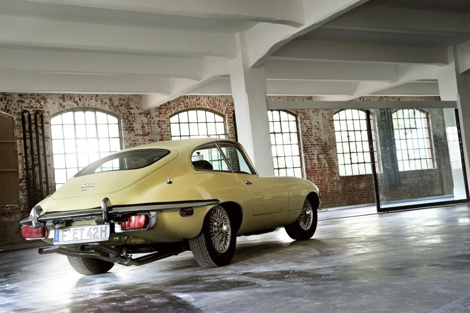 Jaguar_E-Type